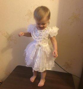 Платье нарядное на 1,5-2,5 года