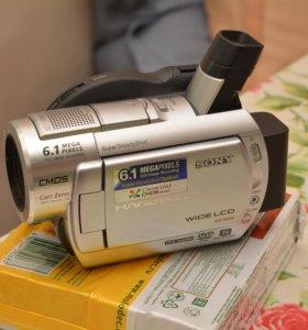 видеокамера Sony DCR-DVD508E