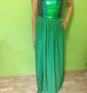 Шикарное платье р 42-44