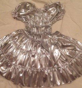 Пышное новое платье 2-3,5лет