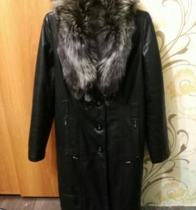 Кожаное пальто,воротник чернобурка