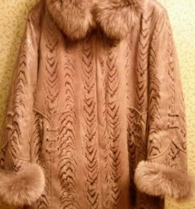 Пальто зимнее / демисезонное