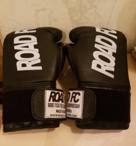 Перчатки для спаринга Road Fc