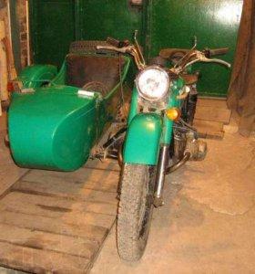 Мотоцикл Урал с коляской