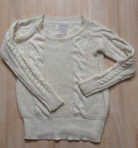 Белый свитер из Gloria Jeans