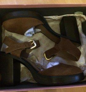 Стильные туфли новые