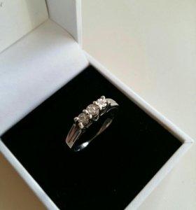 Кольцо серебро и белое золото с бриллиантами