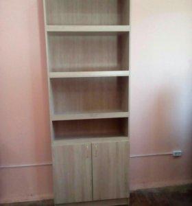 Витринный шкаф