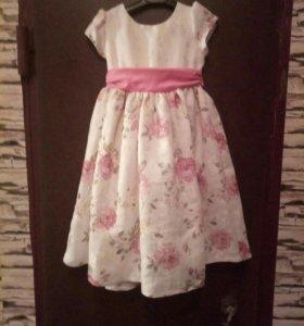 Праздничное платье р-р 110