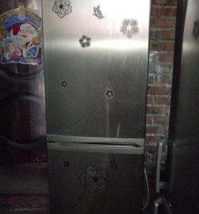 Холодильник Канди узкий