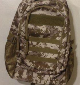 Рюкзак камуфляжный новый