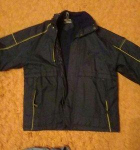 Куртка весна на 10-12 лет