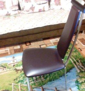 Продается новый кожаный стул
