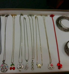 Бижутерия и браслеты