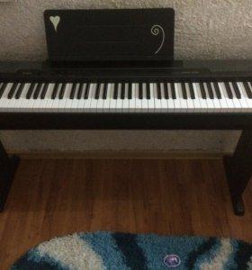 Электронная фортепиано (не синтезатор)