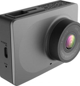 Новые видеорегистраторы Xiaomi YI Dash Cam