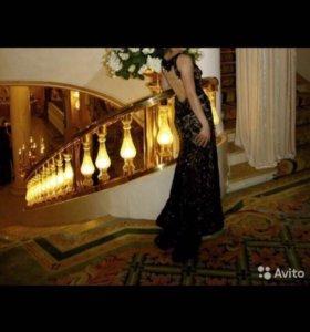 Шикарное платье с паетками и стеклярусом
