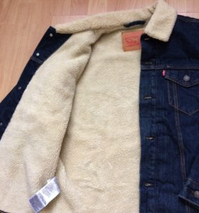 Джинсовая куртка Levis Sherpa trucker jacket