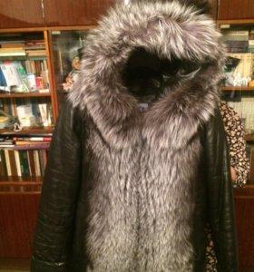 Новая зимняя кожаная куртка с мехом чернобурки