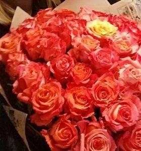 Цветы букет живые свежие розы