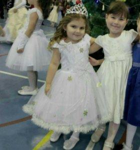 Платье для девочки обмен на влажные салфетки