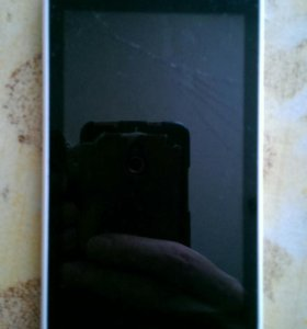 Телефон HTC (На запчасти)