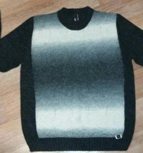 Шерстяной свитер р. L