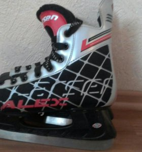 Хоккейные коньки(любительские)