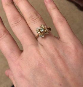 Кольцо бриллианты/ изумруд