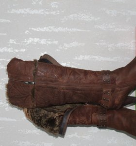 Зимние сапоги. 40 размер.