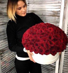 Шляпная коробка из 51 розы с доставкой