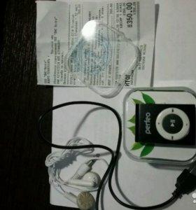 Плеер MP3 Perfect Music Clip Titanium