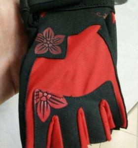 Перчатки для тренировок Жен