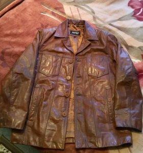 Кожаная классическая куртка... кожа натуральная