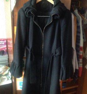 Пальто женское осеннее р 42-44