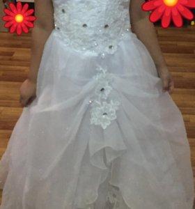 Платье праздничное. Рост 128-134
