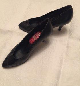 Туфли жен. Раз.35