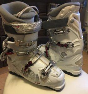 Горнолыжные ботинки размер 26-26.5, б/у
