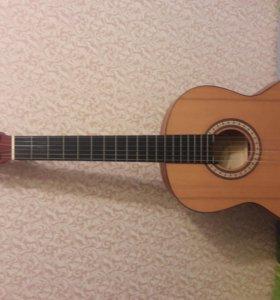 Акустическая гитара Cremona 47710