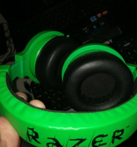 Наушники Razer