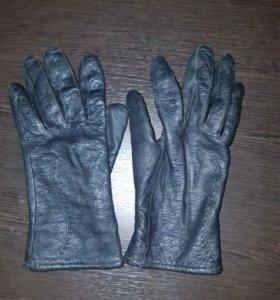 Кожаные перчатки б/у