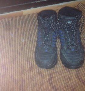 Зимние кроссовки BONA