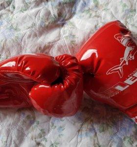 Детские боксерские перчатки