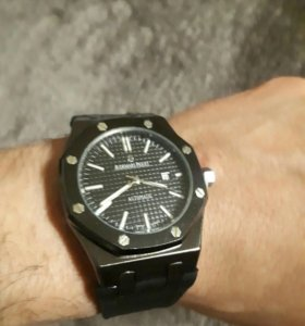Новые мужские наручные часы Audemars