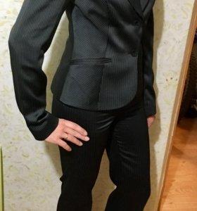 Брючный костюм KARLA