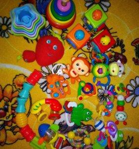 Пакет игрушек погремушек для малышей