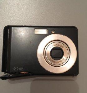 Фотоаппарат цифровой (для ремонта или на запчасти)
