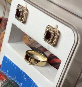 Комплекты кольца серьги 585 пробы золото с камнями