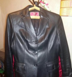 Пиджак женский(кожаный)