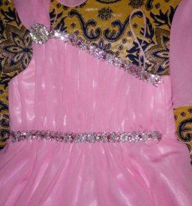 Платье на 7-10 лет